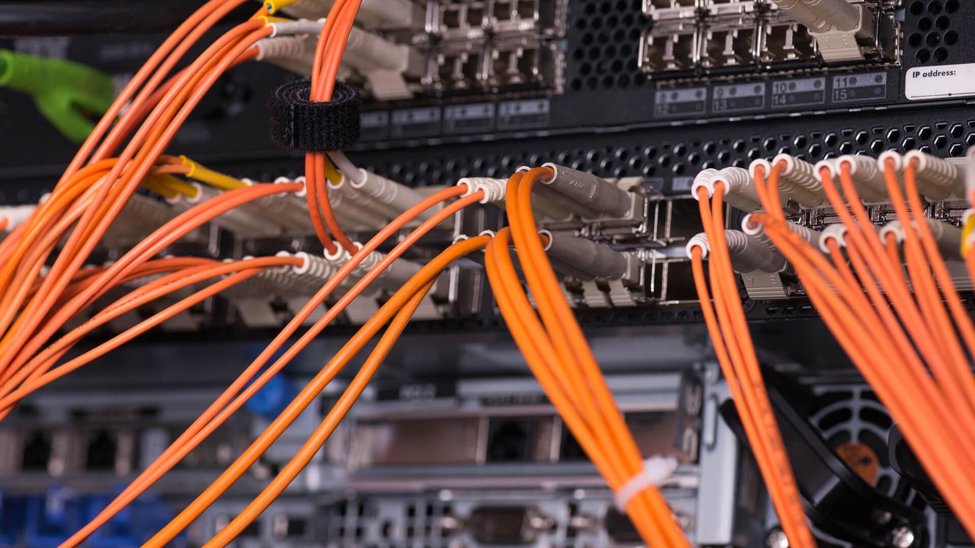Team4IT IT-Leistungen IT-Installation